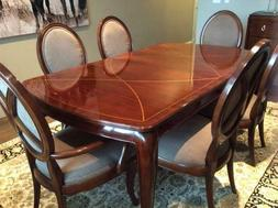 Thomasville Dining set, Bogart collection. Table & 6 chairs