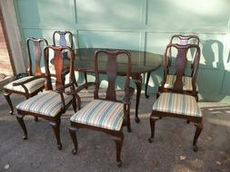 Ethan Allen Georgian Court Cherry Dining Table w/ 6 Chairs 2